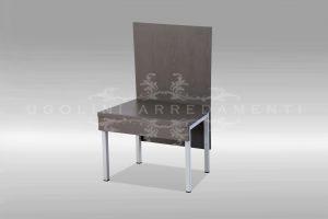 Sedia in metallo e legno
