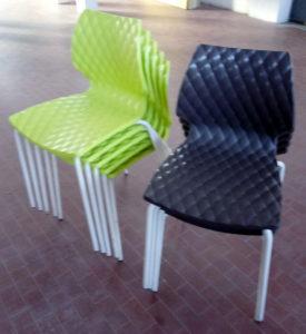 Sedie usate gamba in metallo e scocca in polipropilene verdi e marroni