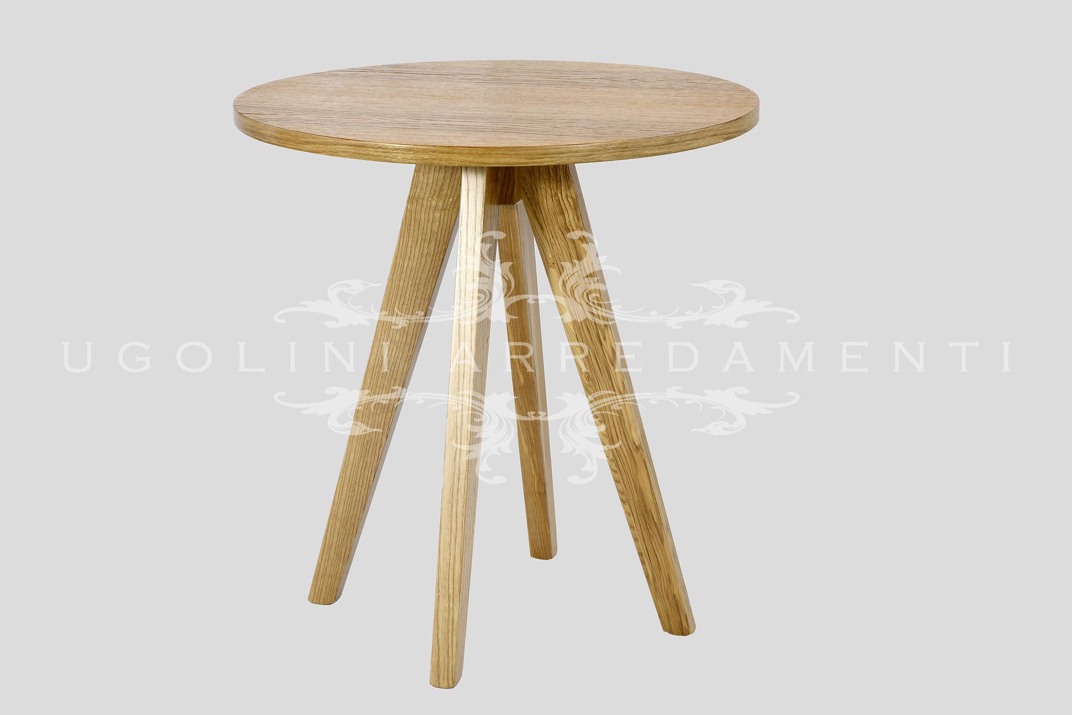 Tavolo in rovere naturale art. 055 con piano impiallacciato e base in massello